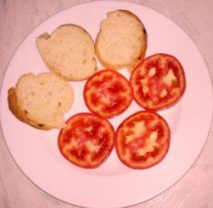 батон помидор