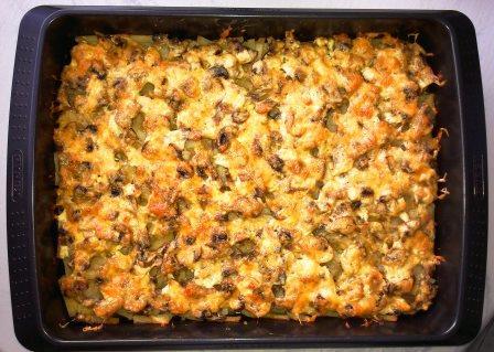 картофель запеченный с грибами и курицей в духовке